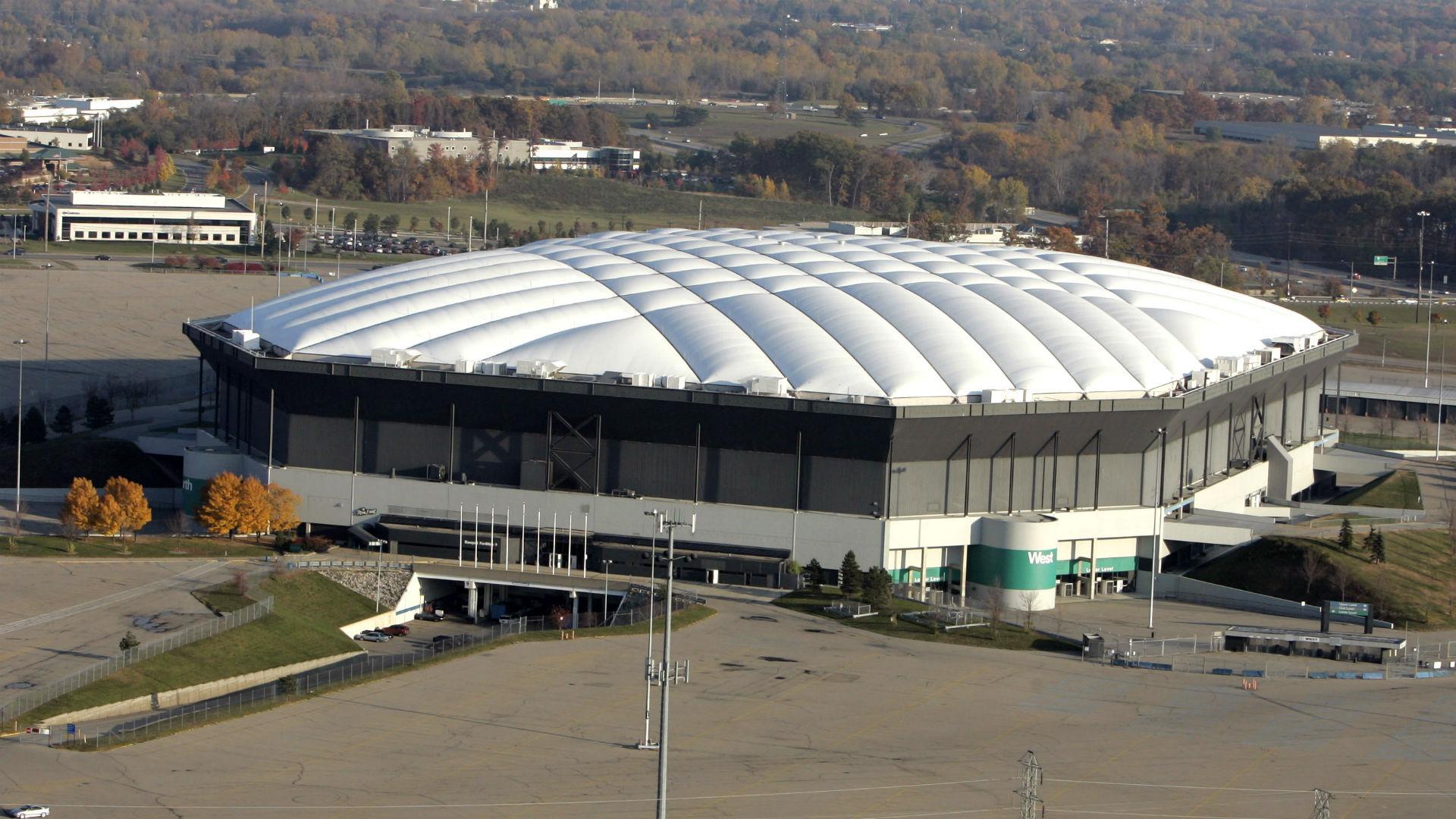 Dilapidated Pontiac Silverdome Awaits Liquidation Nfl