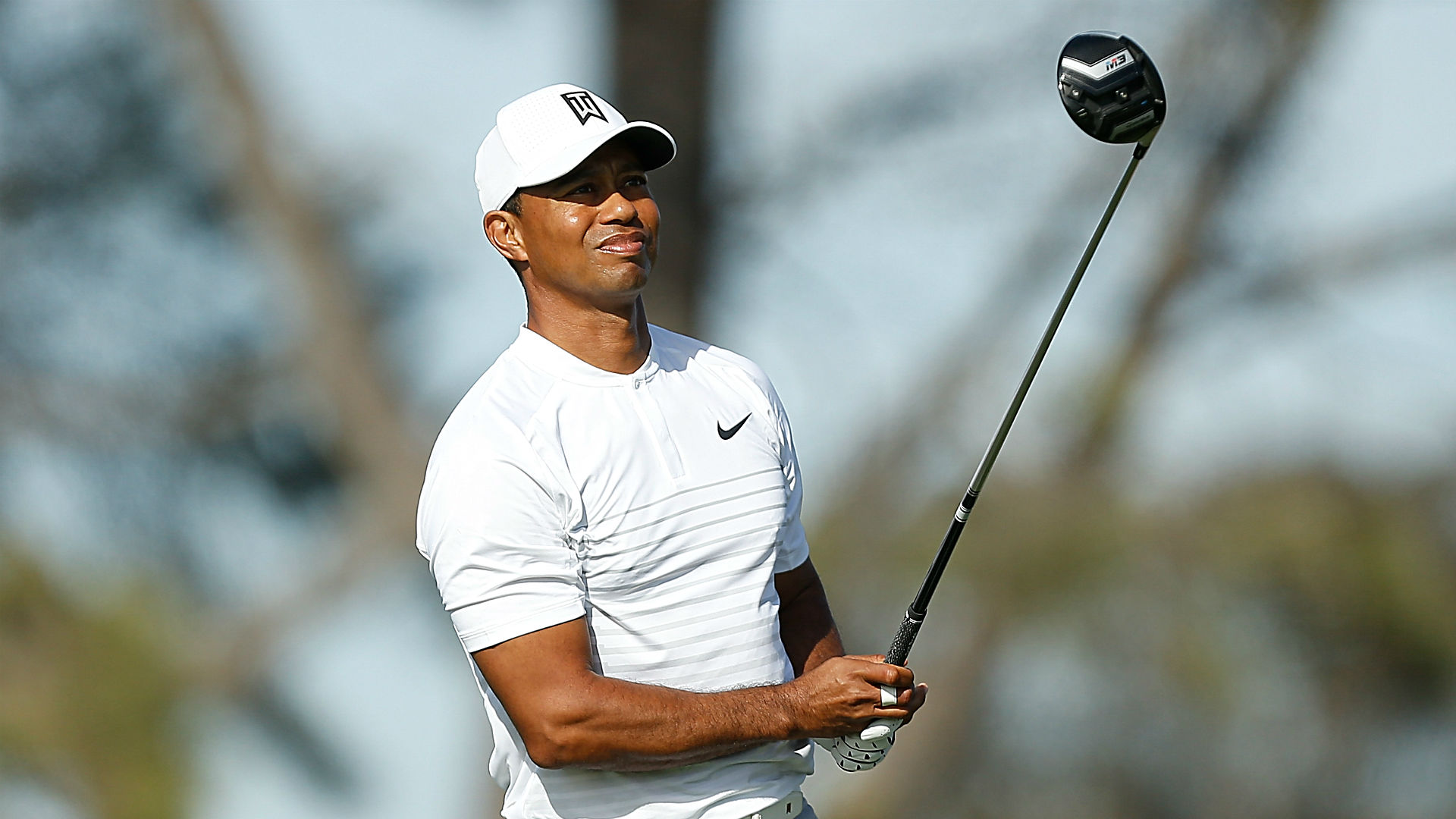 tiger woods u0026 39  score  live updates  highlights from farmers