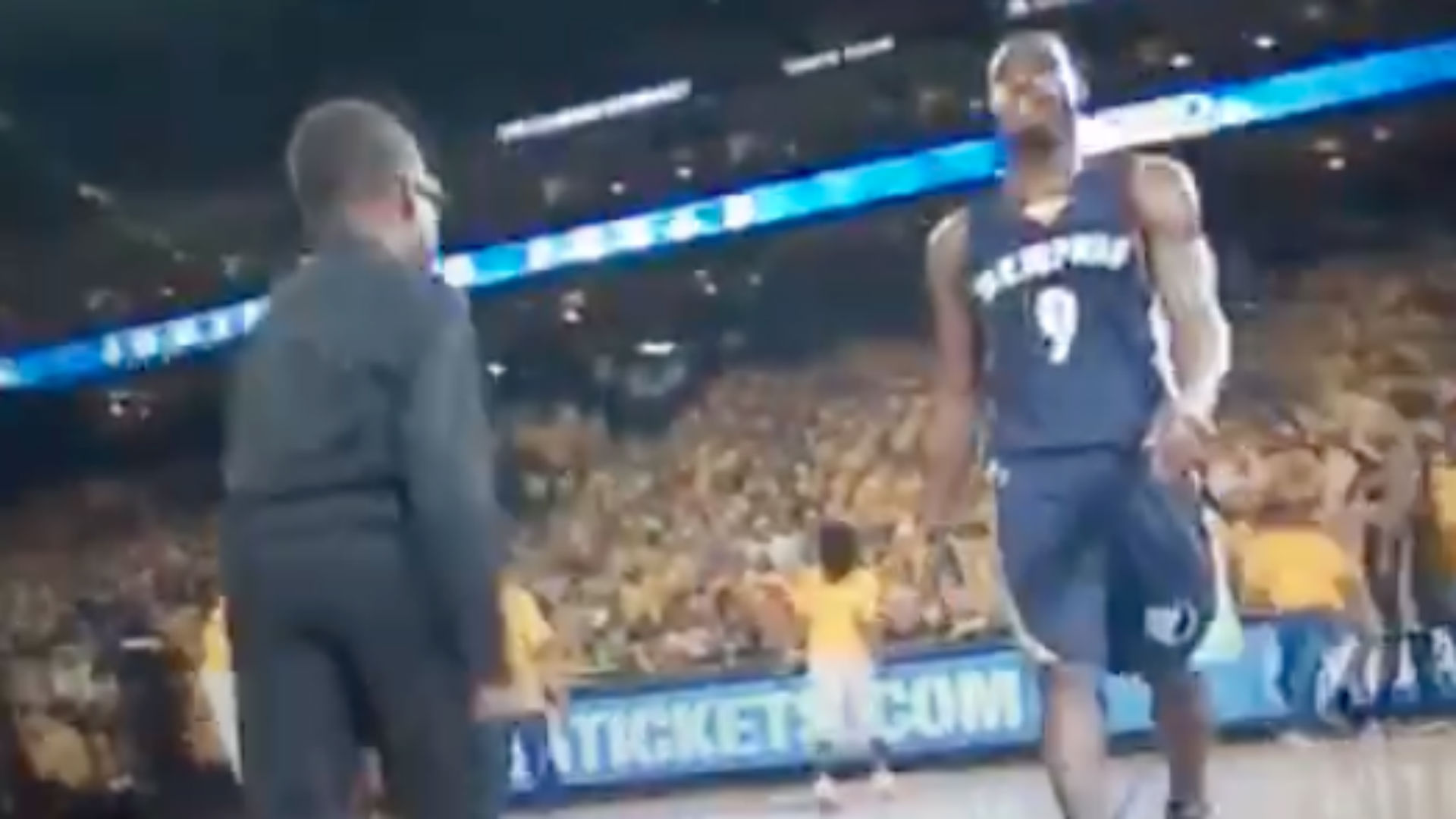 Tony Allen has no regard for little kids' dance performance during time out