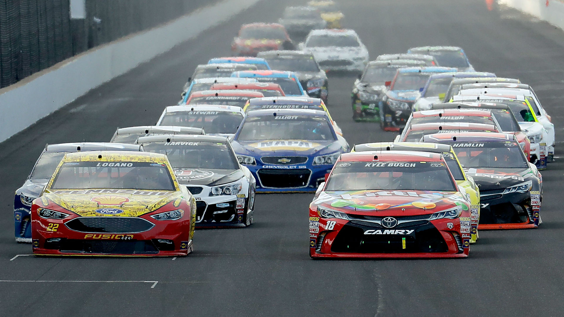 Busch turns weekend into clean sweep with Brickyard 400 win