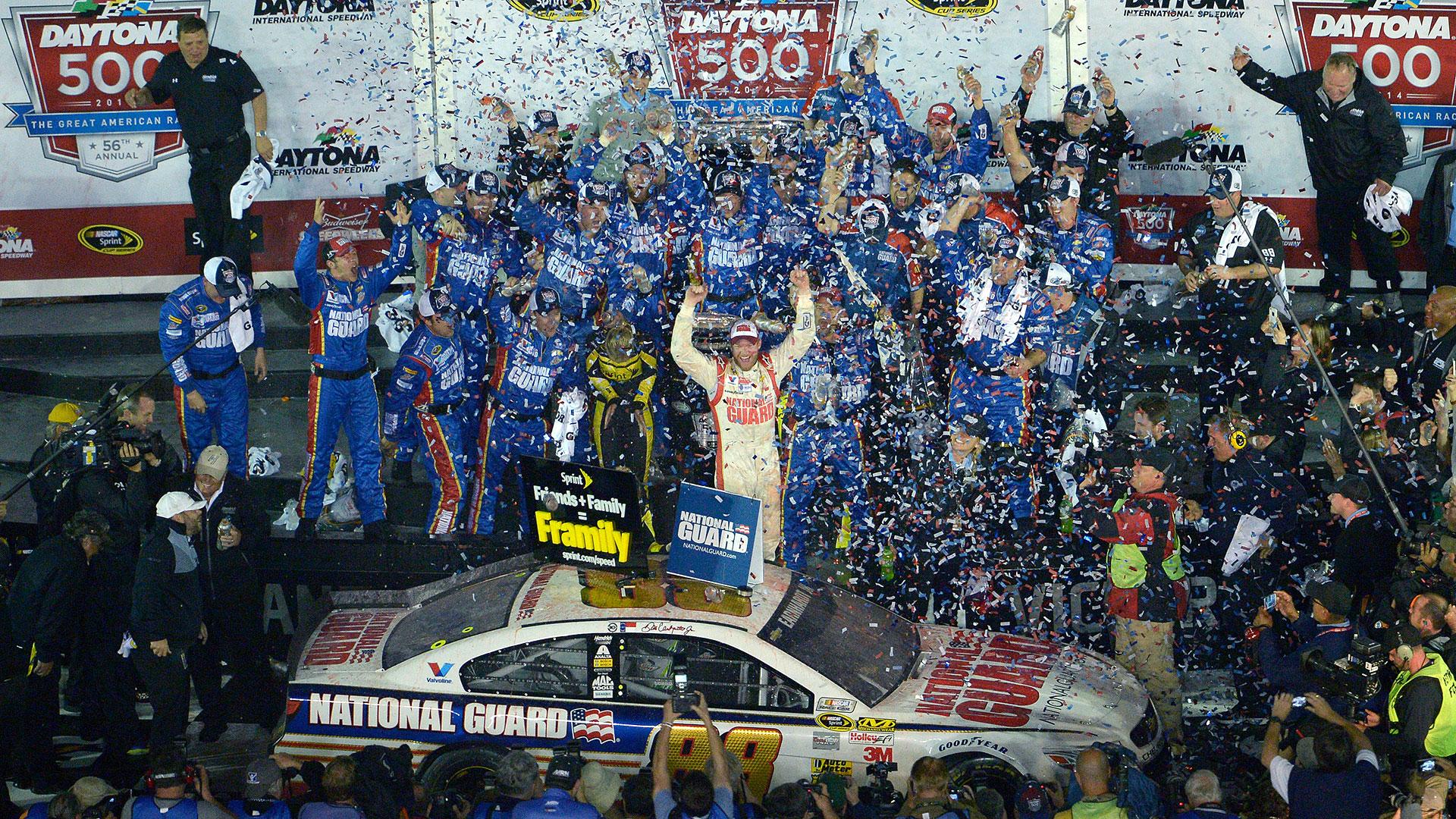 NASCAR-Earnhardt9-040114-AP-FTR