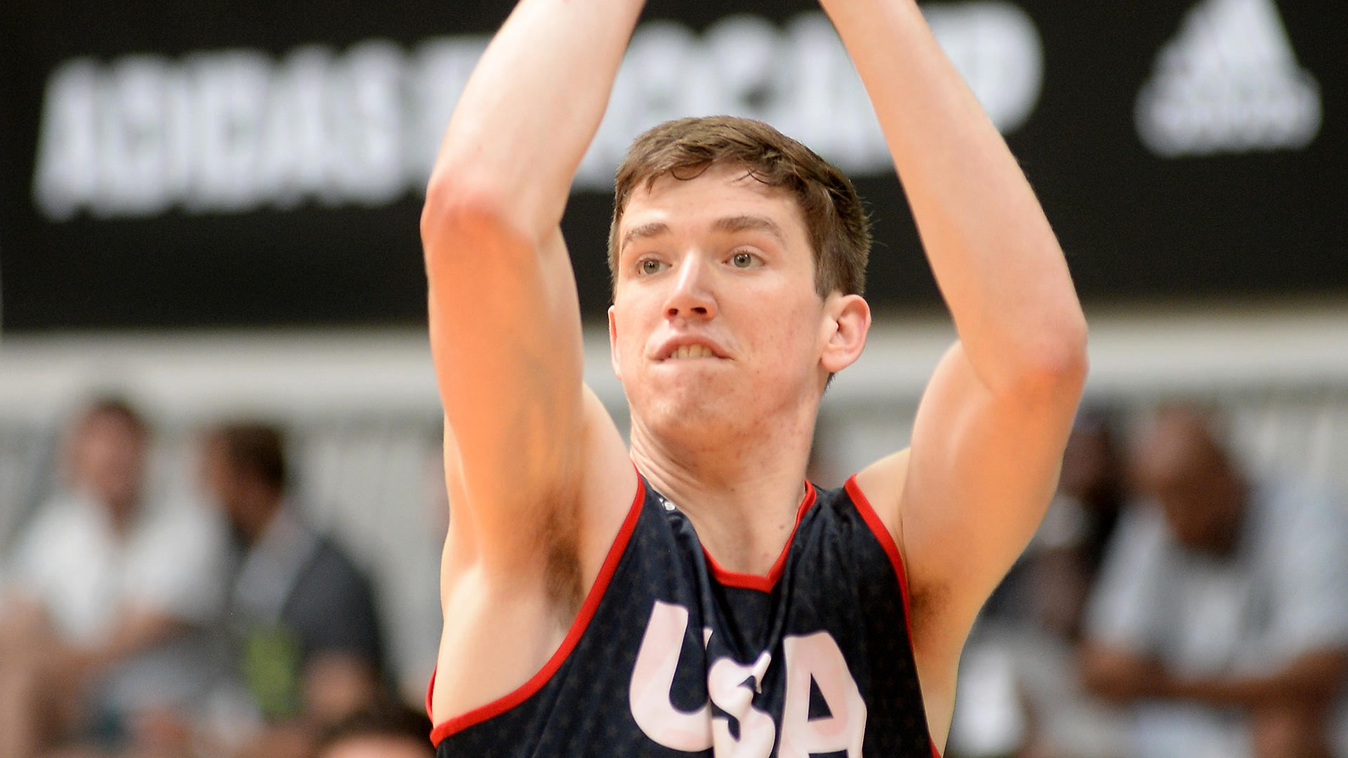 UCLA scores five-star forward T.J. Leaf | NCAA Basketball ...