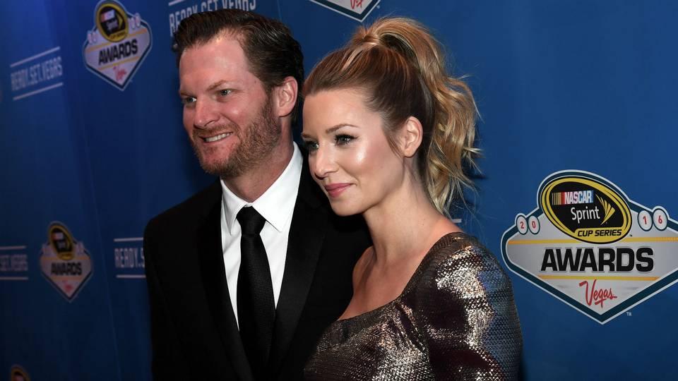 Dale Earnhardt Jr Wedding.Dale Earnhardt Jr Marries Amy Reimann In Nascar Wedding Of