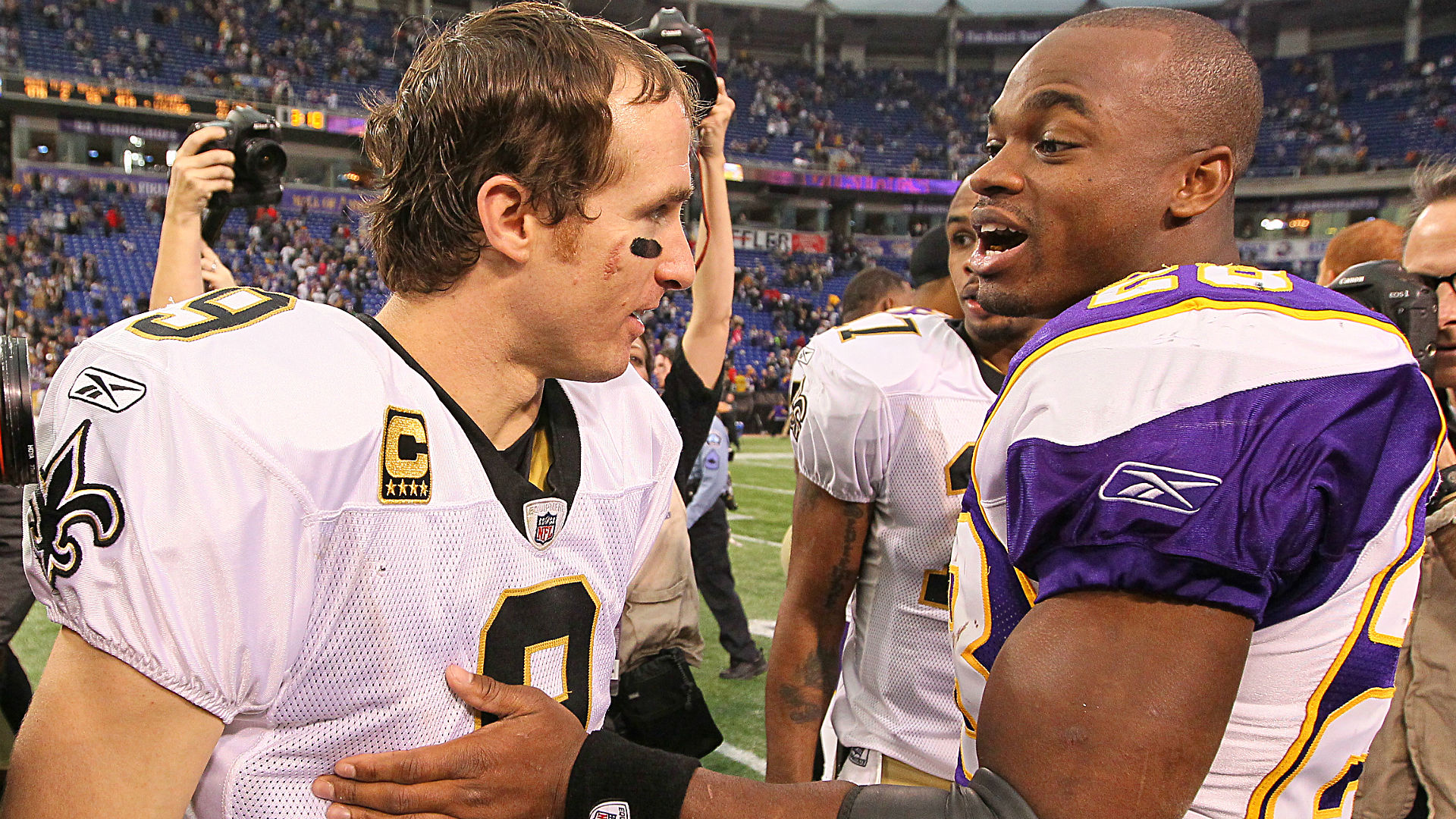 Mark Ingram says he's fine with addition of Adrian Peterson