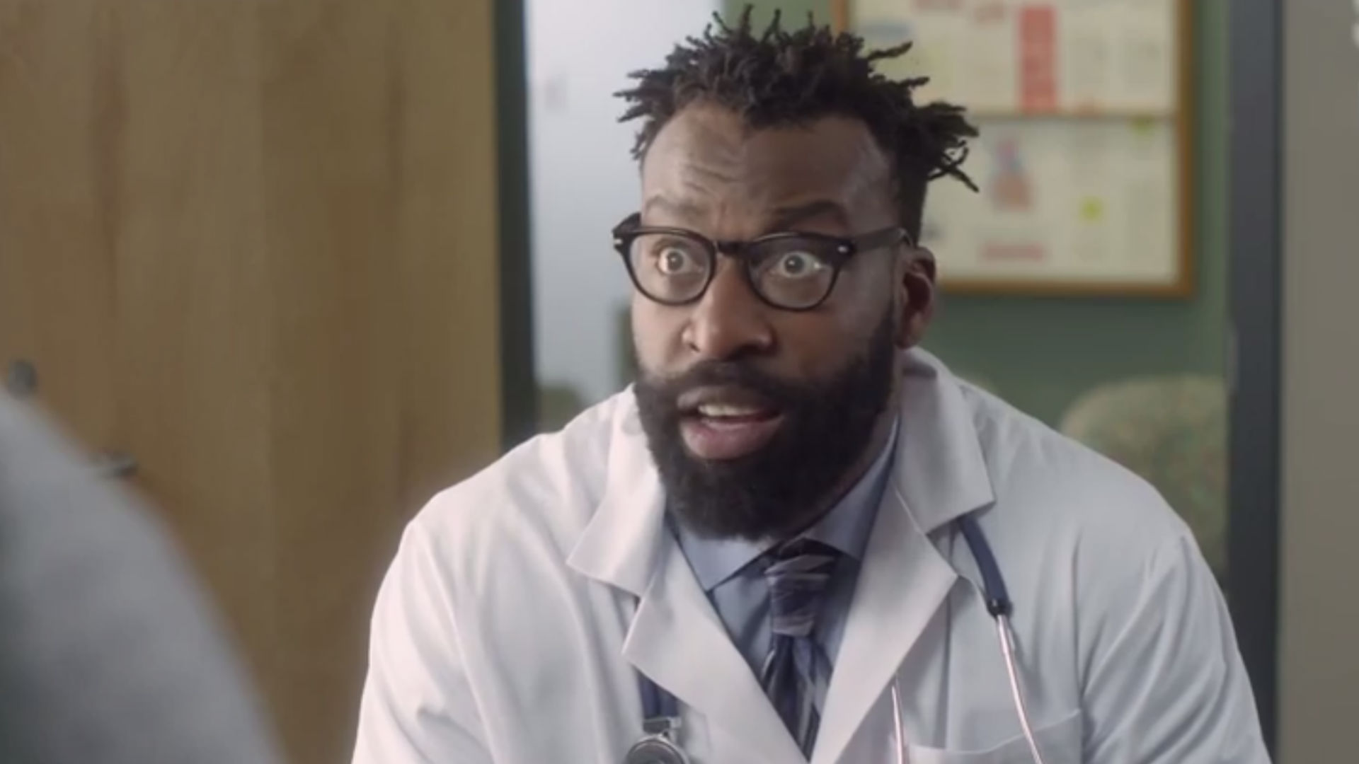 Former NBA guard Baron Davis makes cameo in Joe Dirt 2 trailer