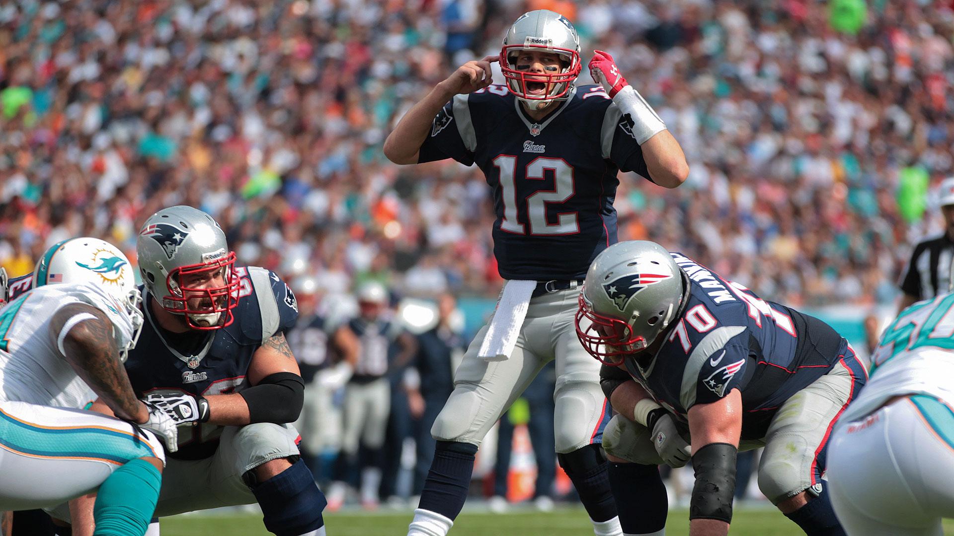 Tom Brady1-121513-AP-FTR.jpg