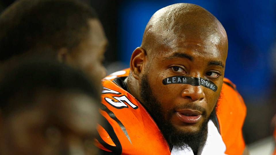 Devon Still-102815-GETTY-FTR