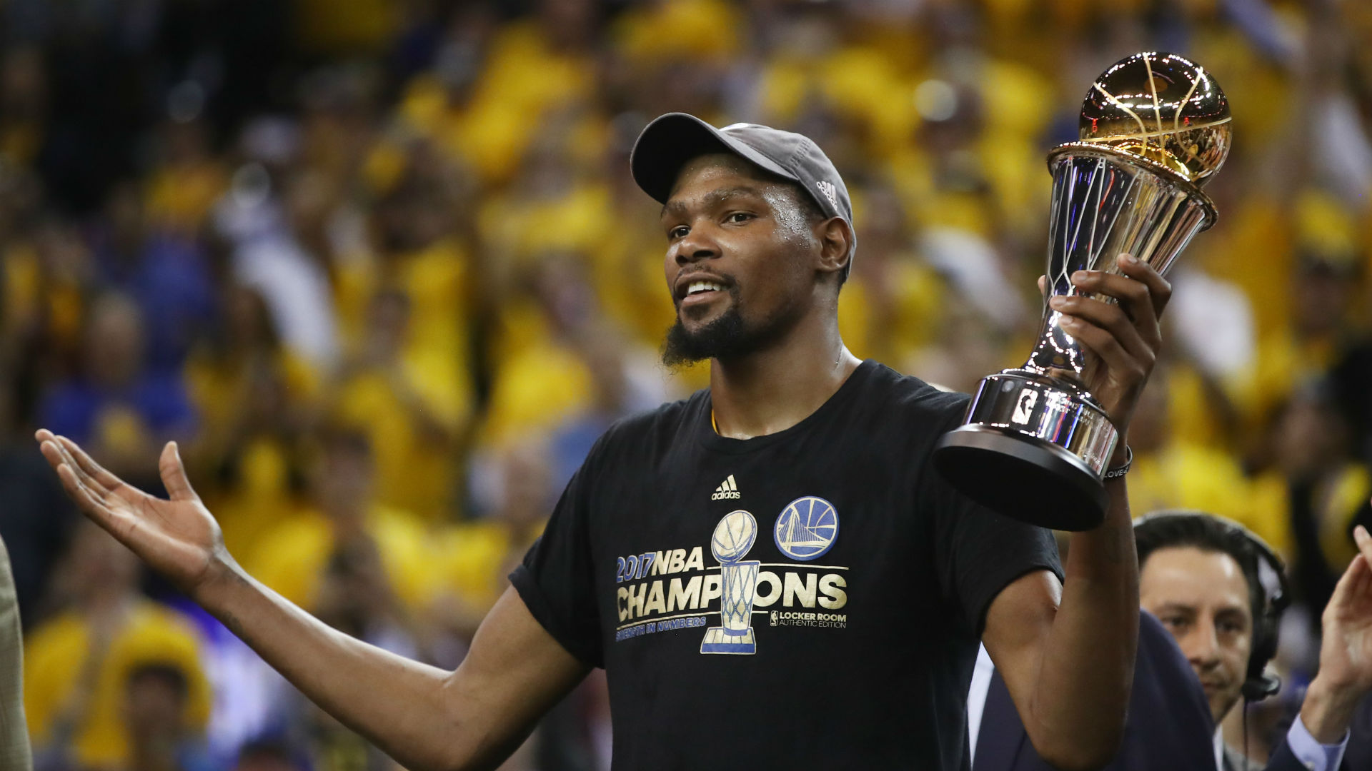 Warriors forward Kevin Durant wins 2017 NBA Finals MVP award