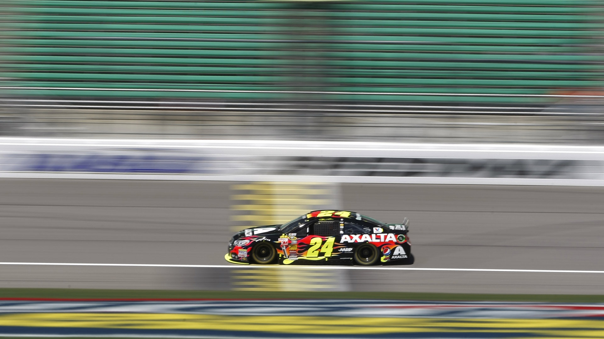 Jeff Gordon-Kansas-051014-AP-FTR.jpg