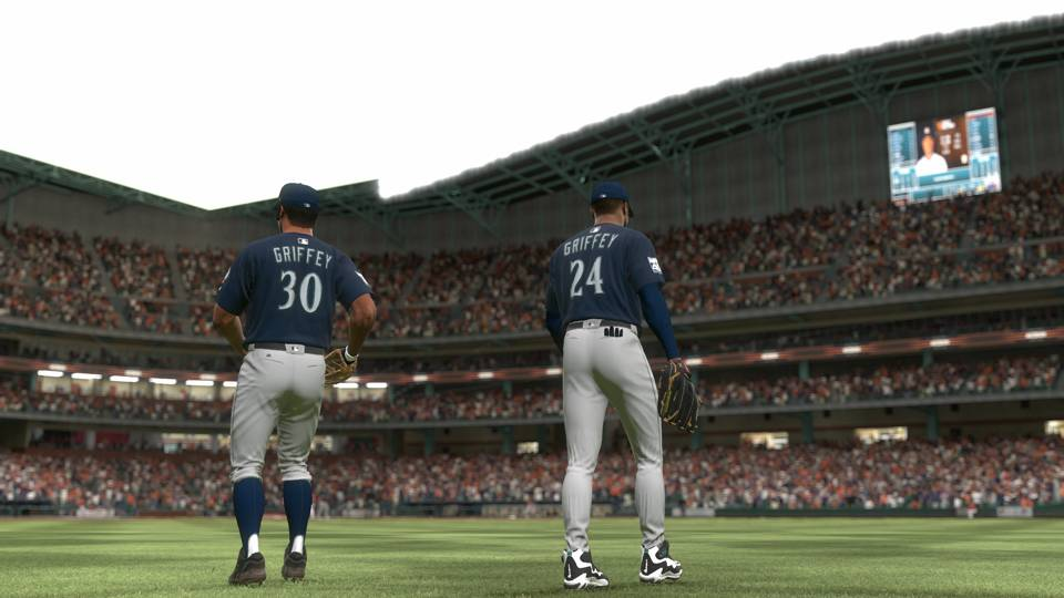 MLB The Show 17 Ken Griffey Jr. Sr.