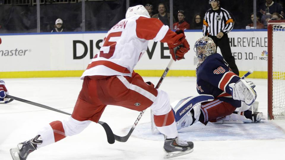 ny-rangers-lundqvist-red-wings-ftr-030914-ap
