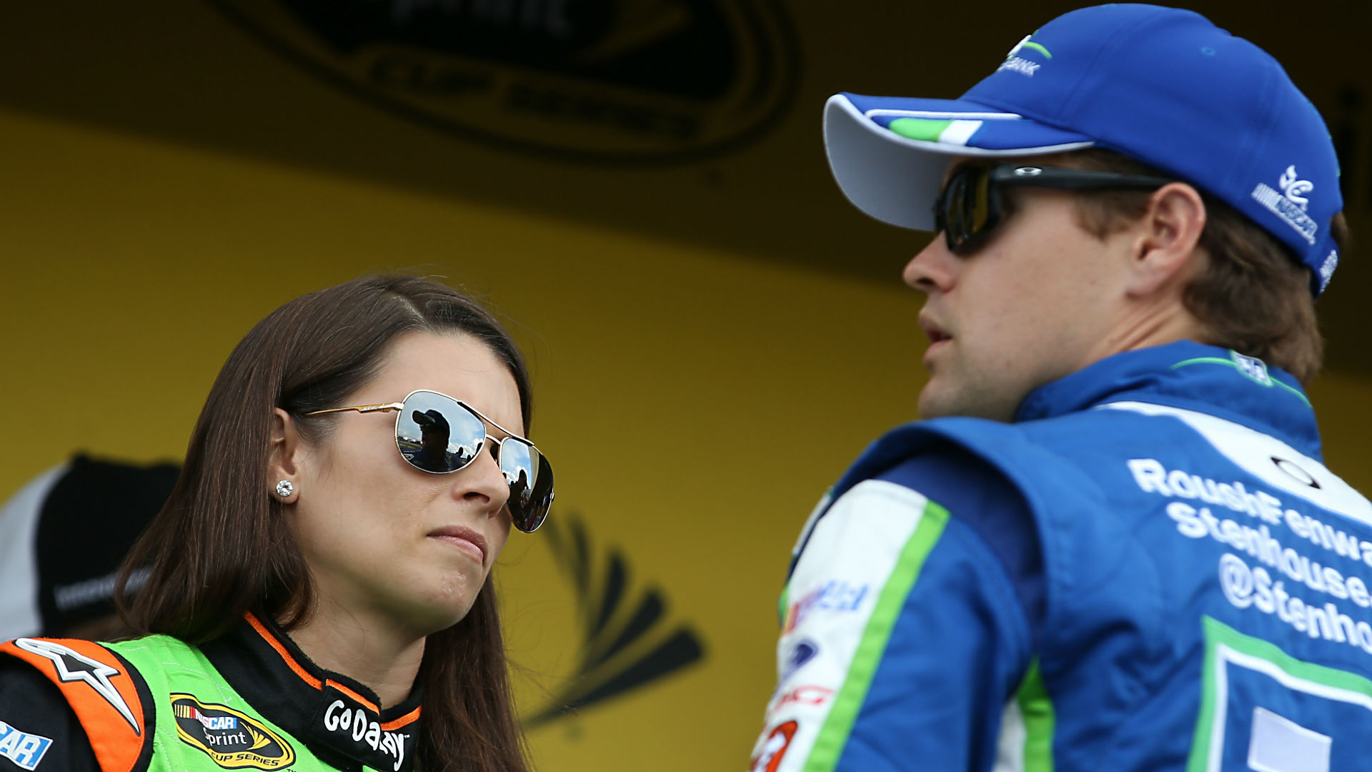 Are patrick and stenhouse still dating