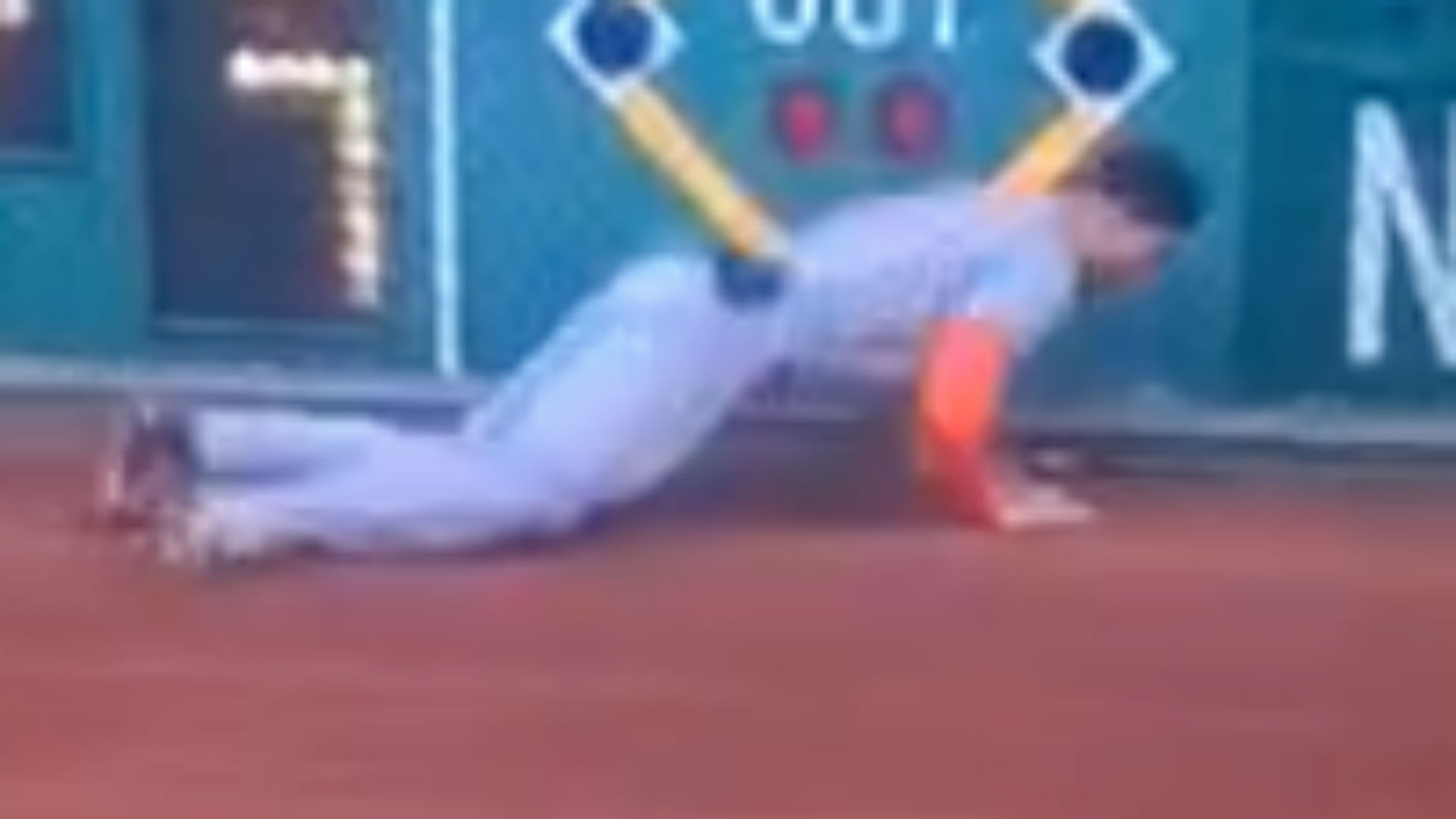 Giancarlo Stanton makes unbelievable catch, blasts homer in next inning