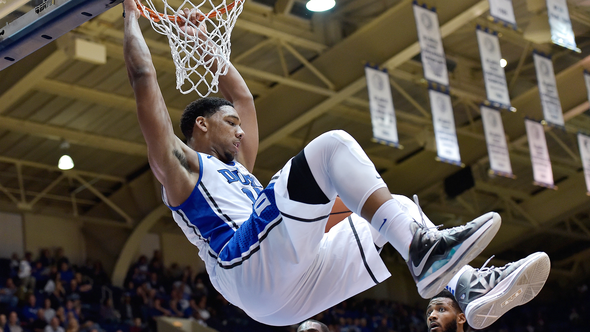 College basketball lines and picks - Champions Classic an early-season betting delight