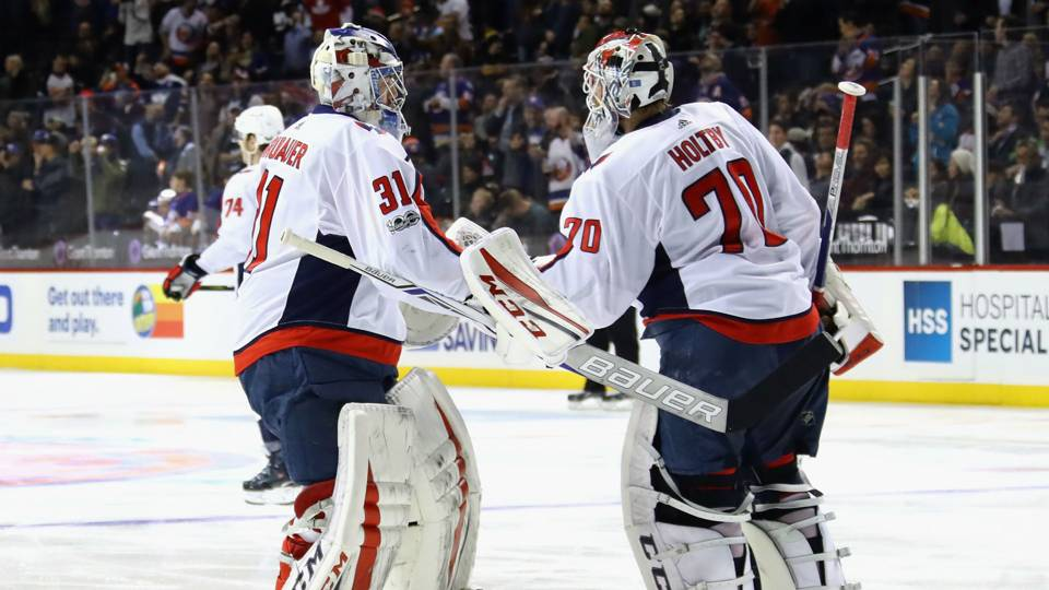 grubauer-holtby-32118-getty-ftr.jpeg