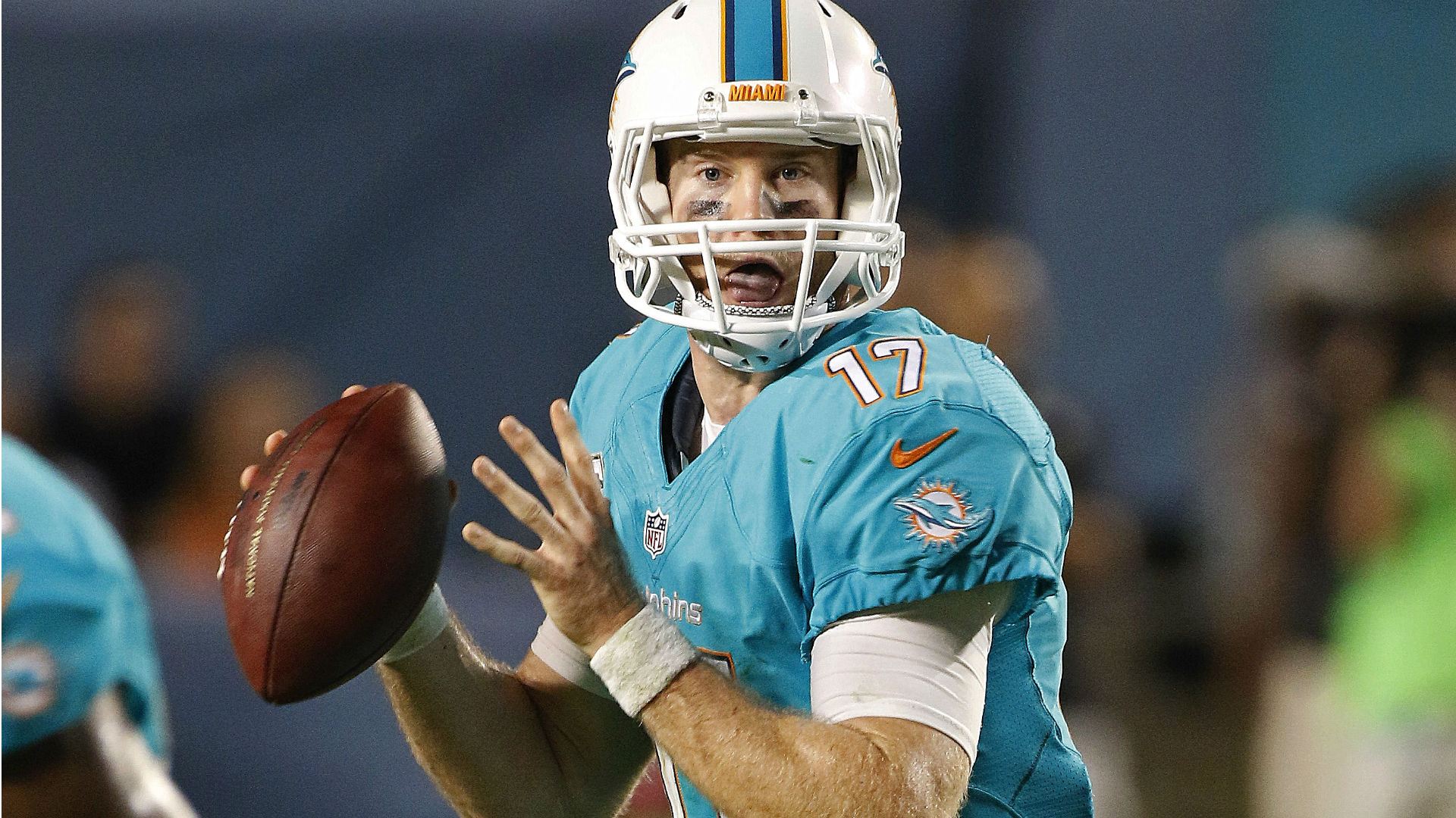 Dolphins vs. Broncos betting preview and pick –  Denver lays fair price after tough road trip
