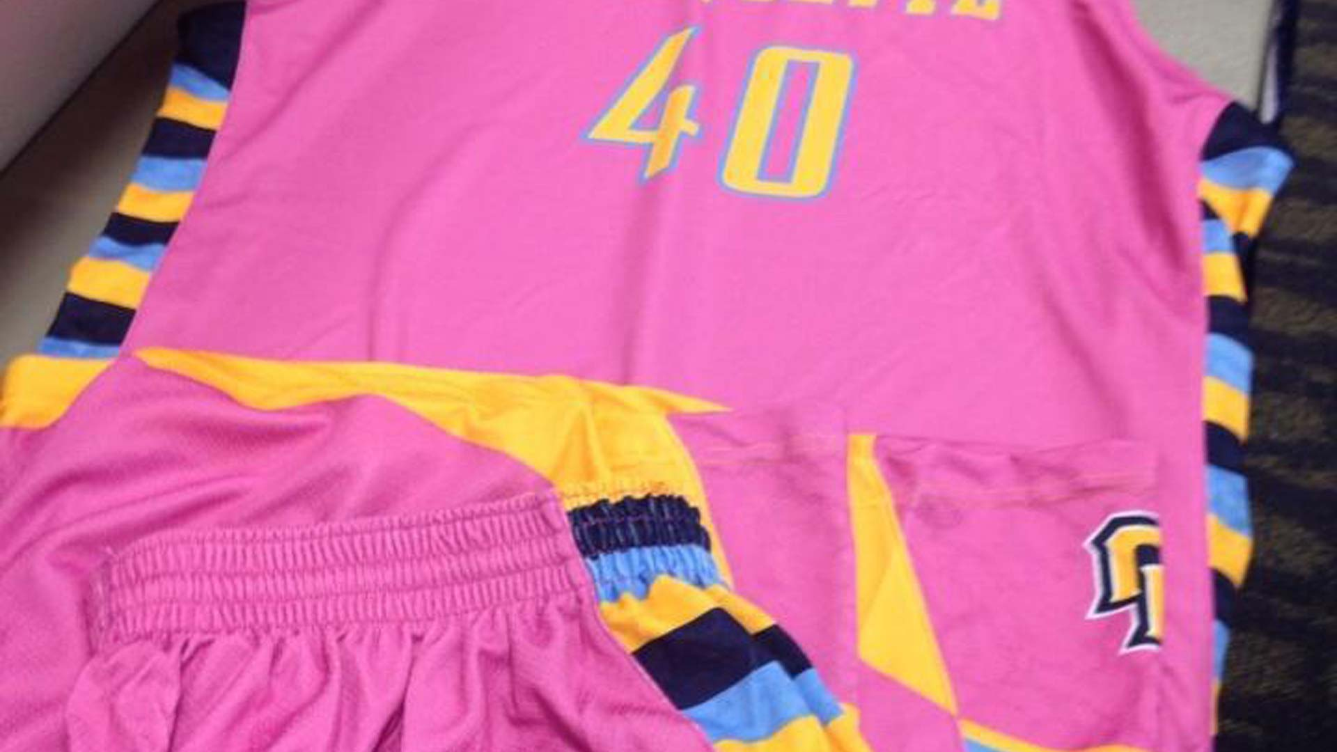 marquette-cancer-uniforms-12314-twitter-ftr