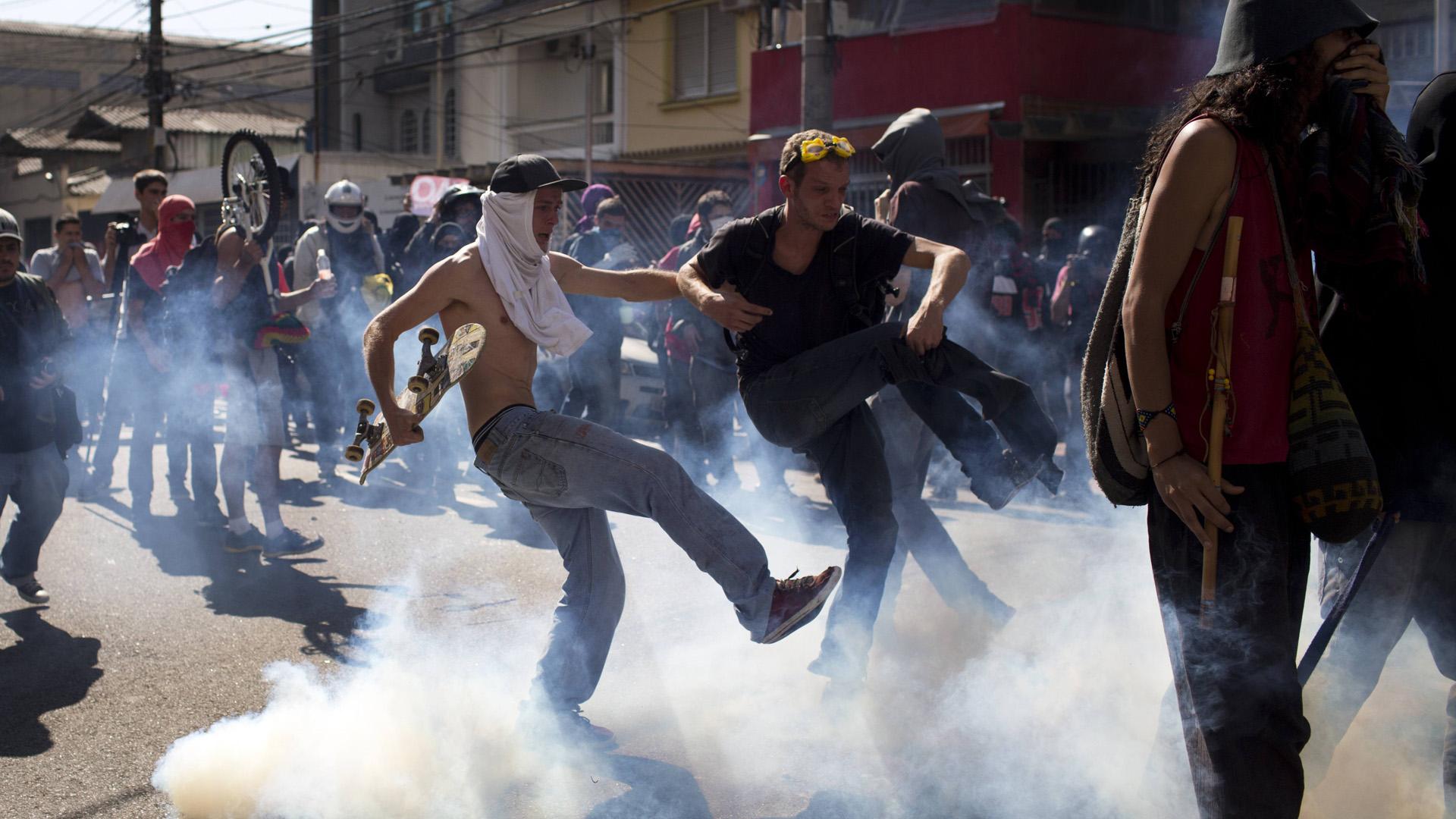 brazil-protest-FTR-061214.jpg