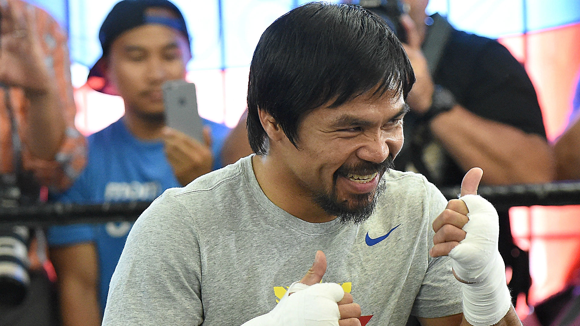 Bookmakers get creative with Mayweather vs. Pacquiao props