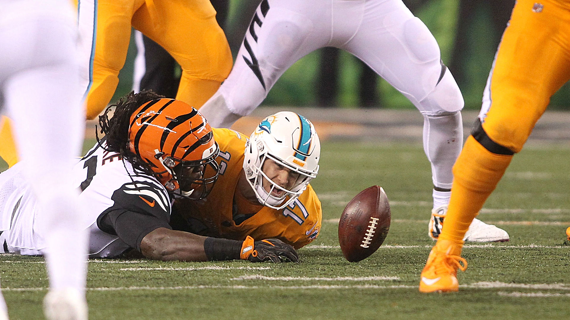 Ryan Tannehill underwhelms in Dolphins' Thursday loss