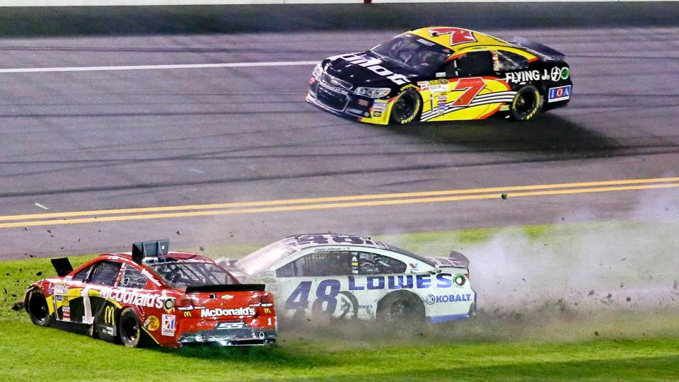 Daytona-Wreck-022014-AP-FTR.jpg