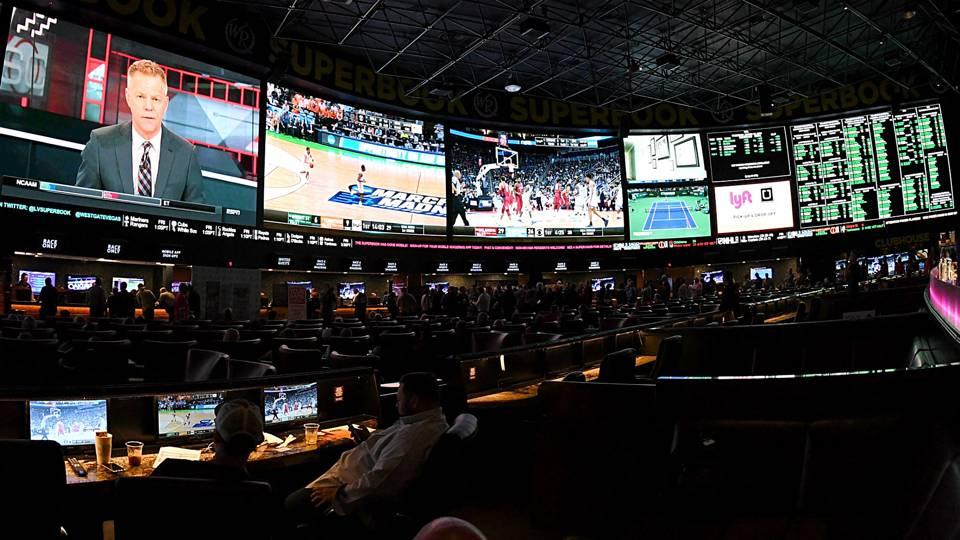 Vegas-TVs-061218-Getty-FTR.jpg