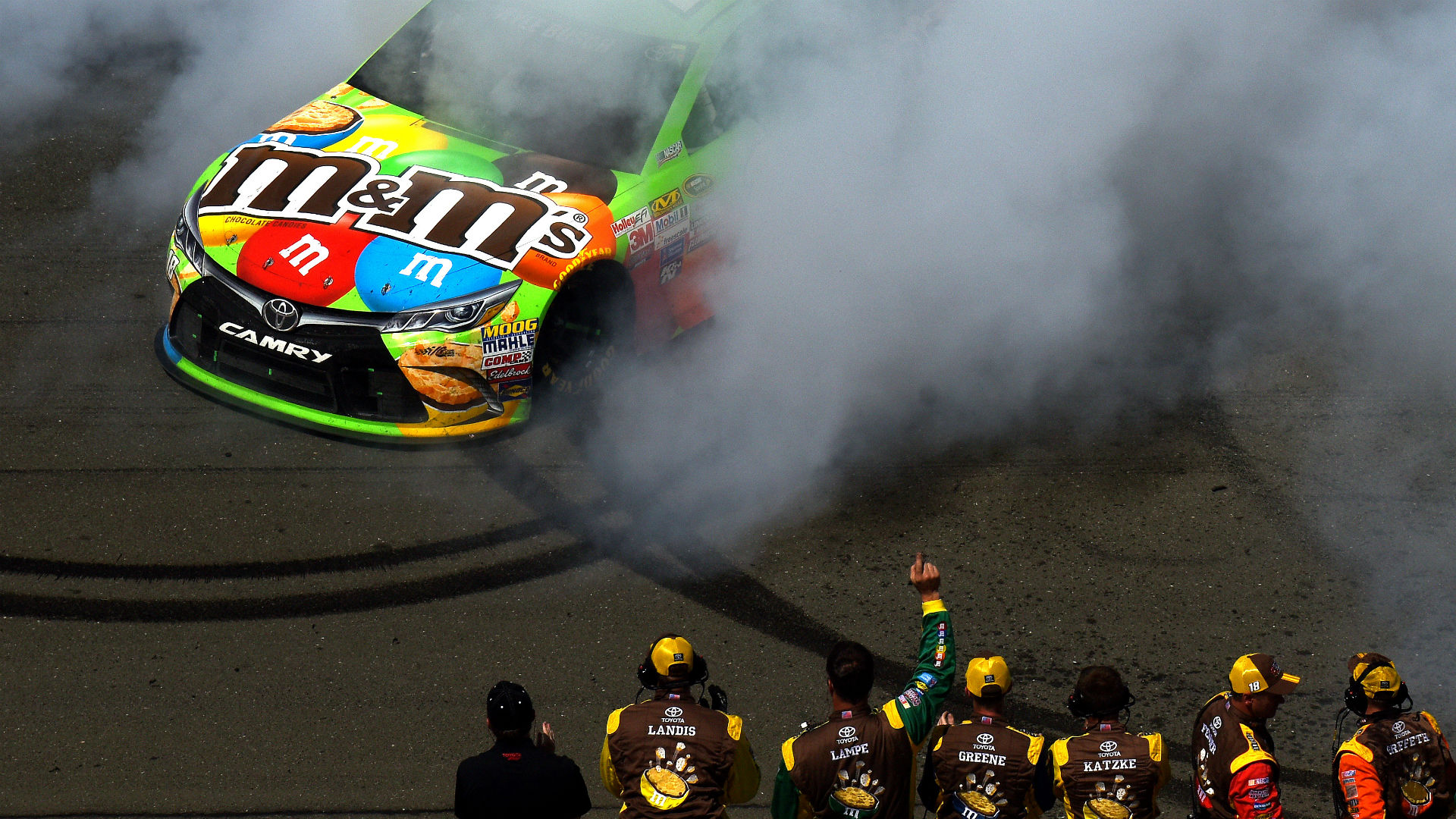 Kyle-Busch-062815-FTR-Getty.jpg