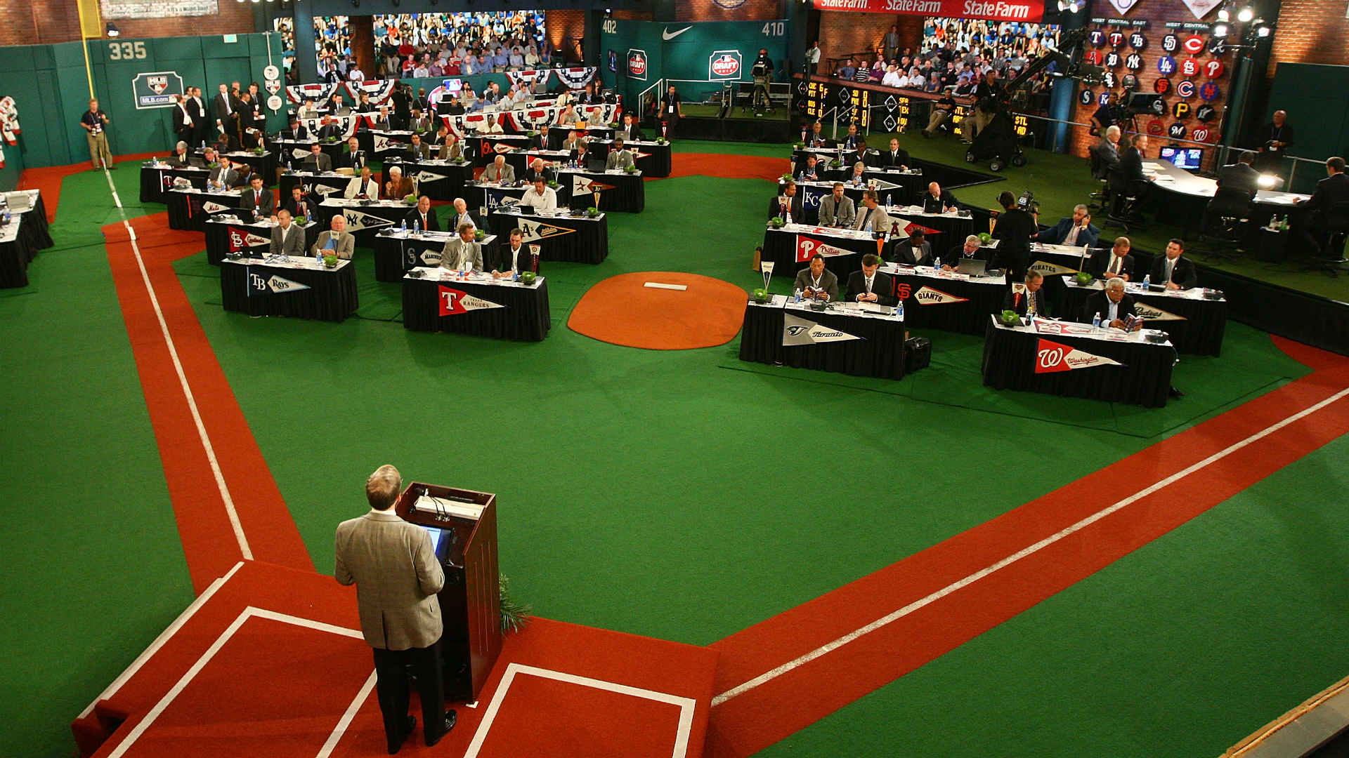 mlb draft tracker 2017  complete draft results from rounds