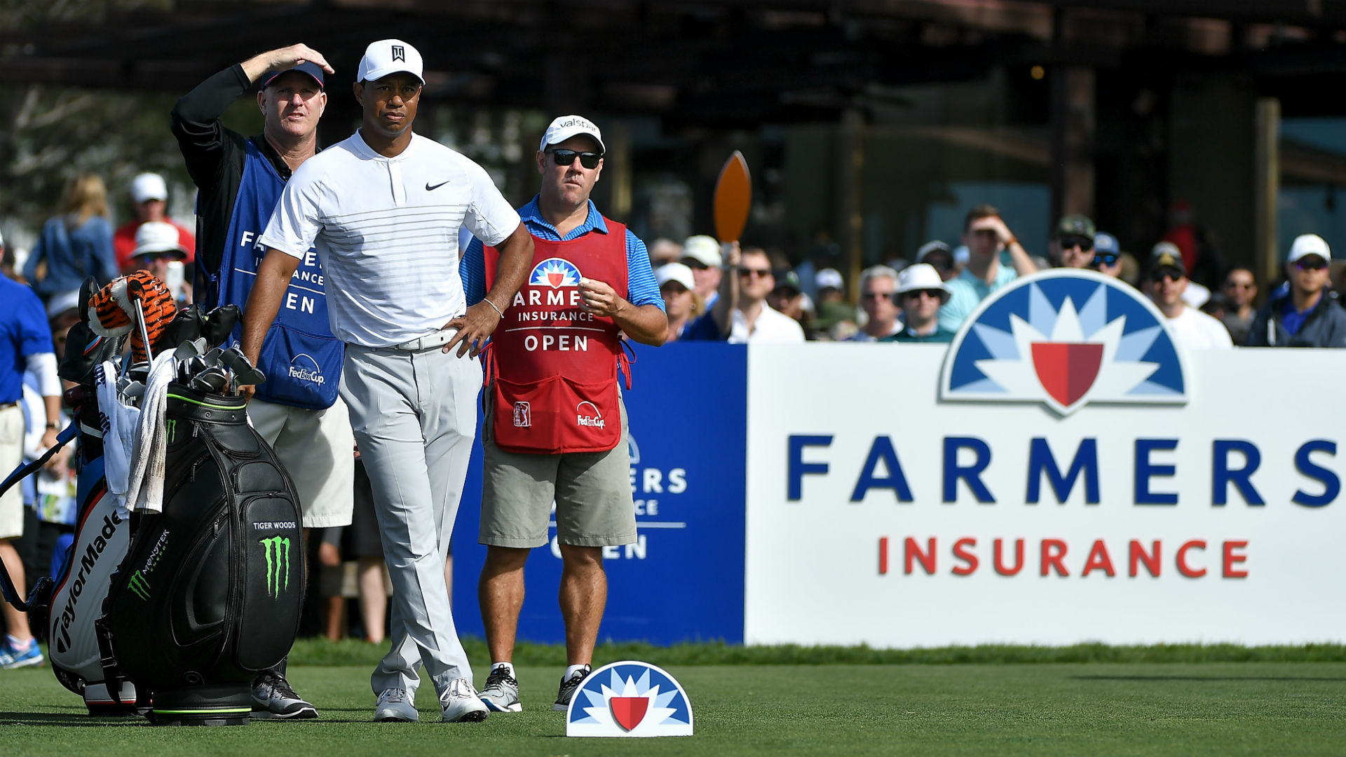 farmers insurance open 2019  tiger woods u0026 39  tee times for