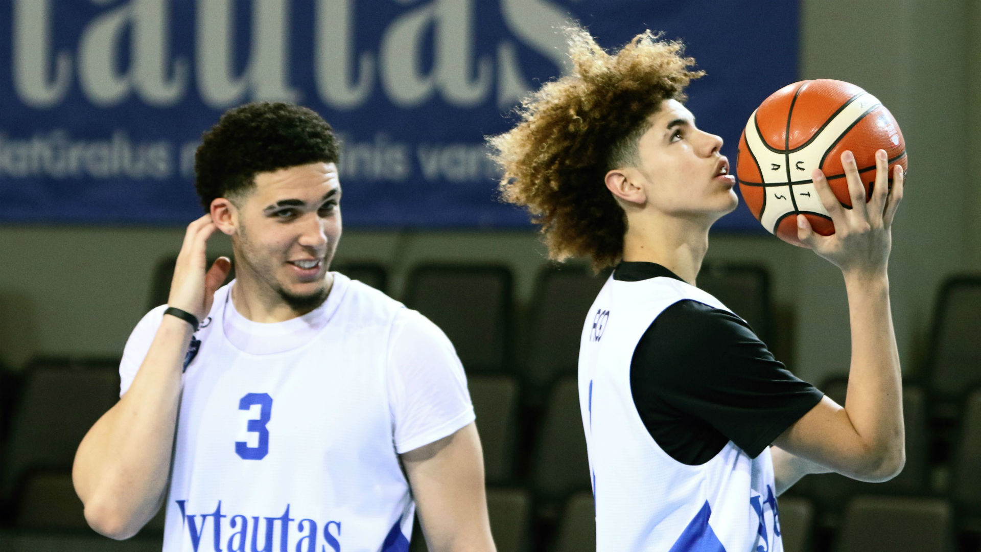Branding the victor in Ball brothers' pro debut