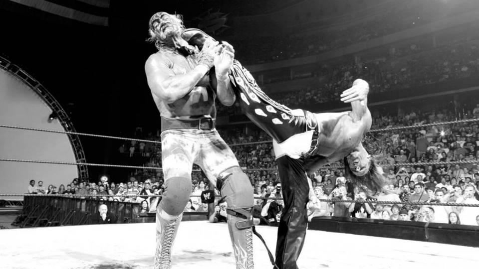 Hogan-Michaels-Summerslam-05-WWE-FTR-081518