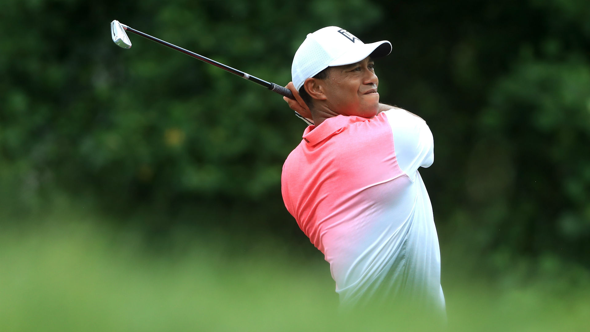 Tiger sinks four-straight birdies Saturday