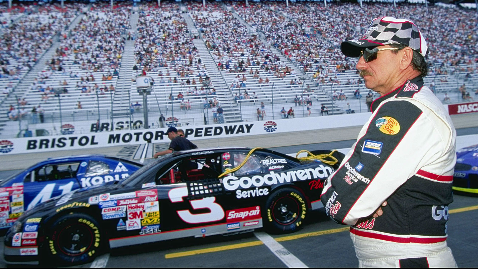 Dale Earnhardt wrecking Terry Labonte in '99 cemented Bristol's legacy