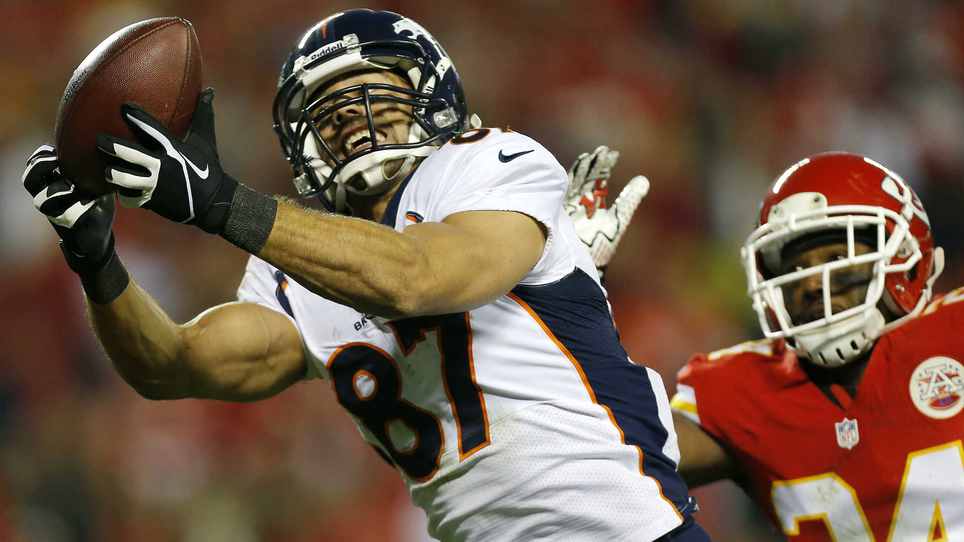 Week 13 fantasy football studs, duds: Wild receivers