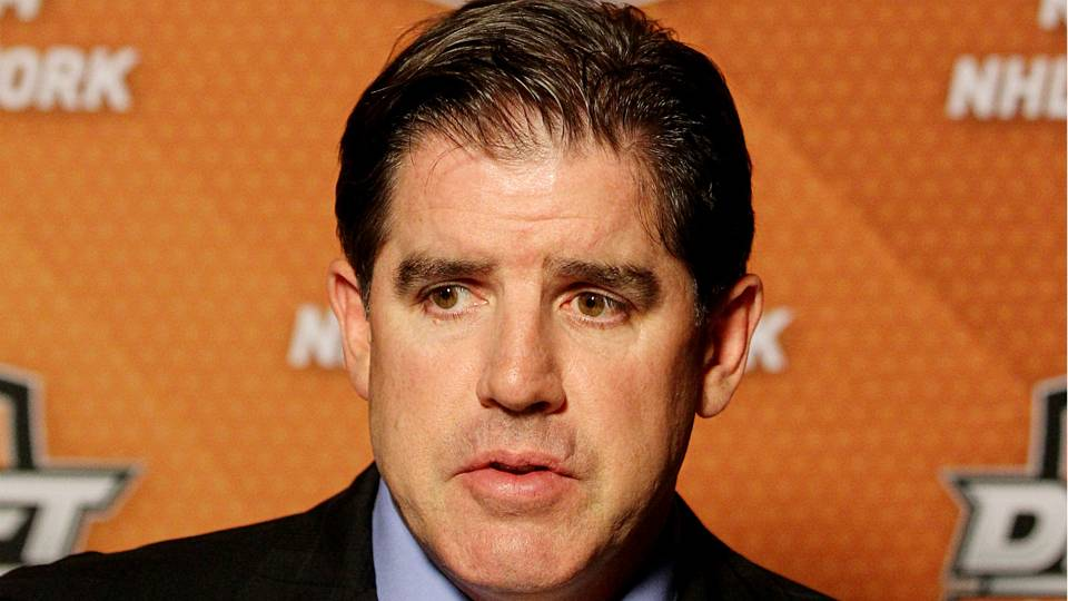 No Bull: Predators' coach Peter Laviolette dons postgame mask after losing bet