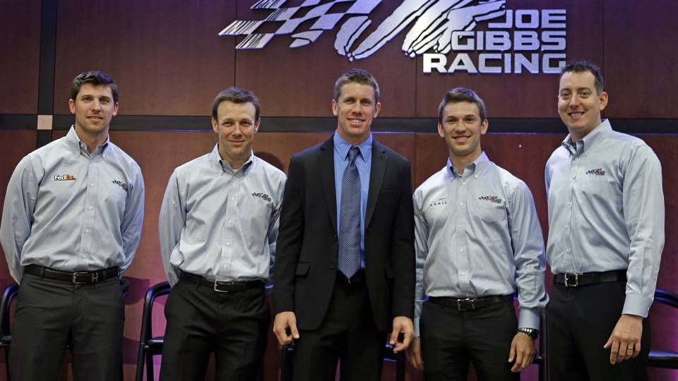 Carl Edwards-Gibbs-082014-AP-FTR.jpg