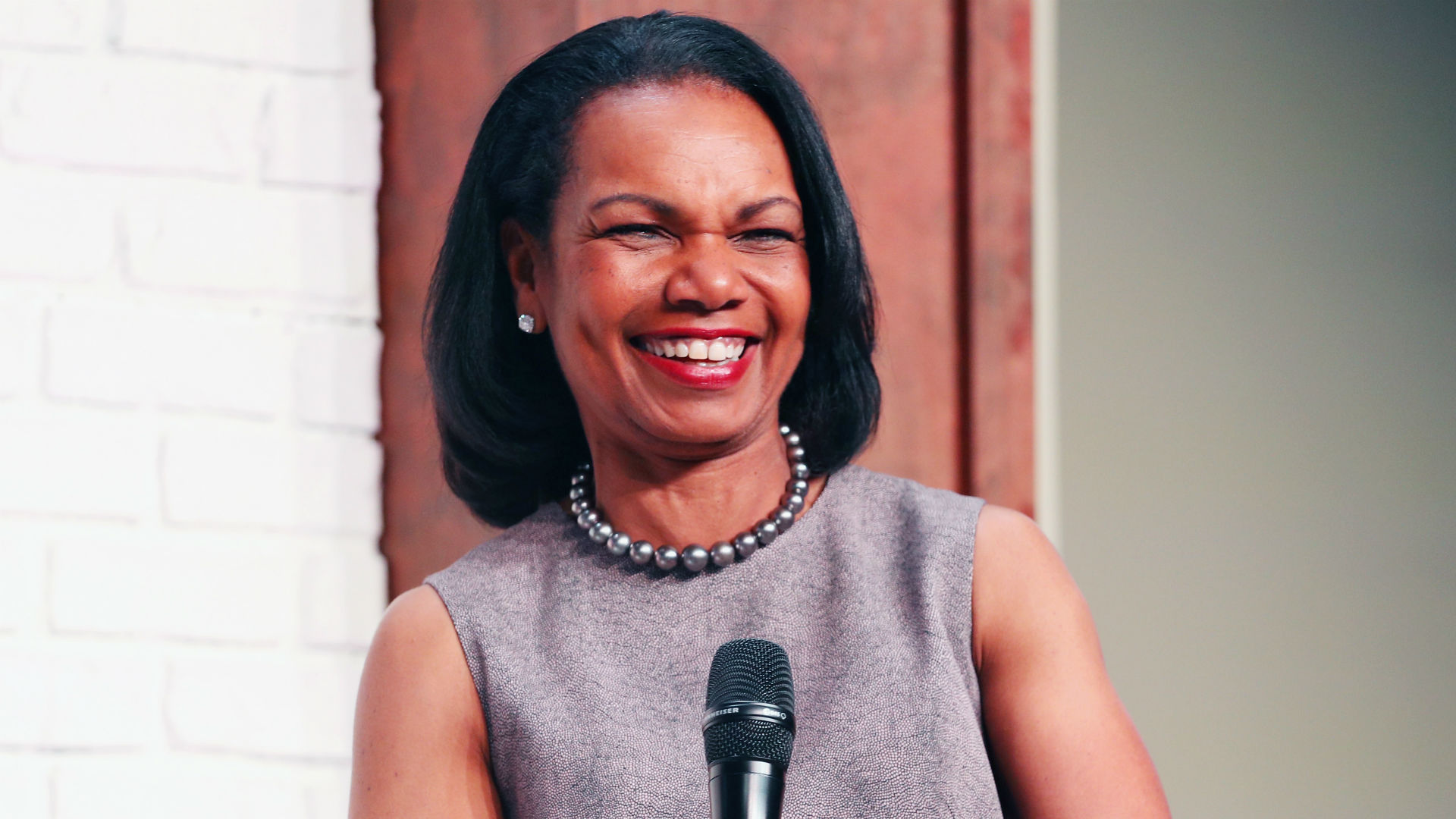 Browns' interest in Condoleezza Rice shouldn't be limited to head-coaching role