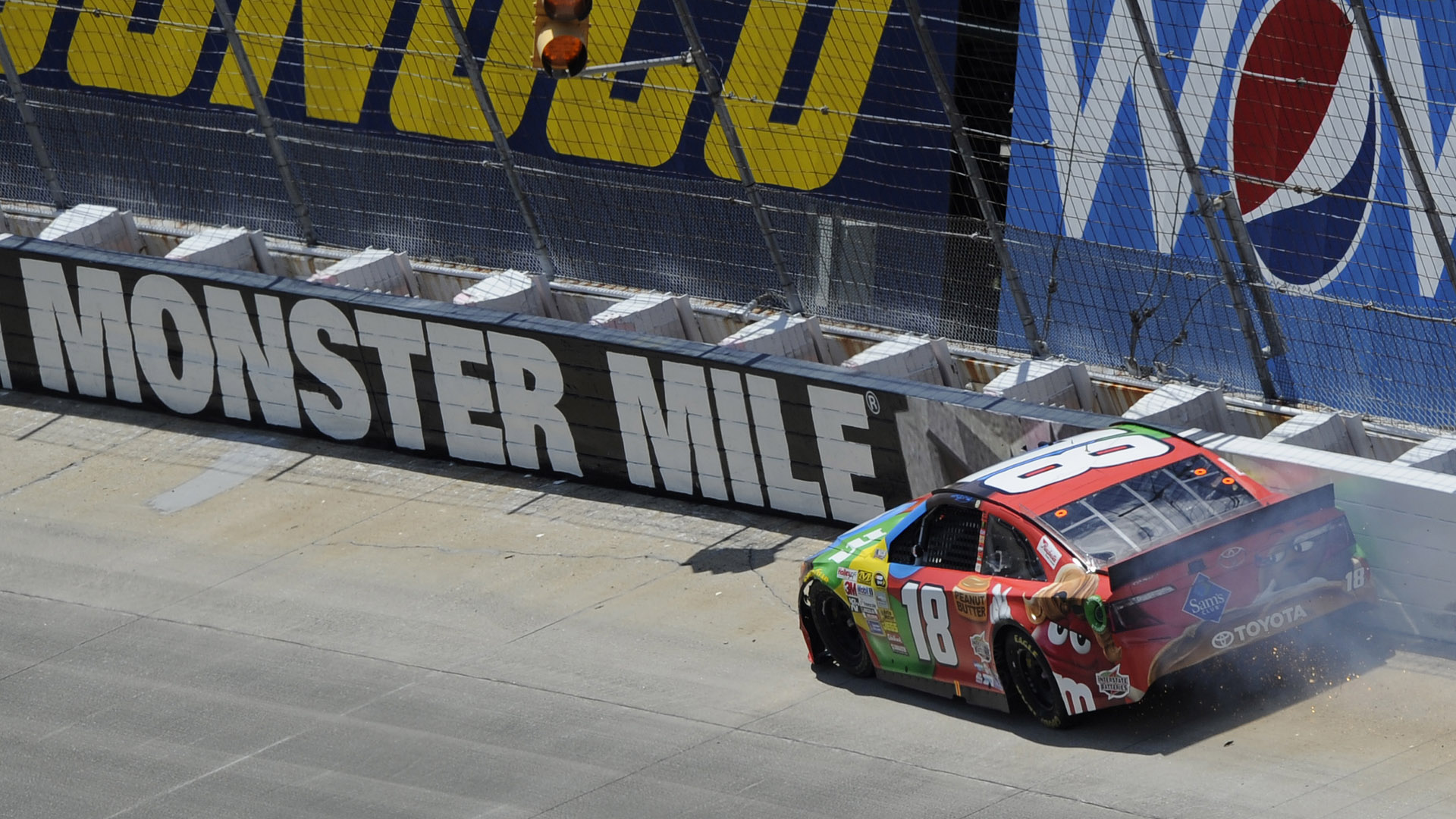 Kyle Busch-Dover wreck-060114-AP-FTR.jpg