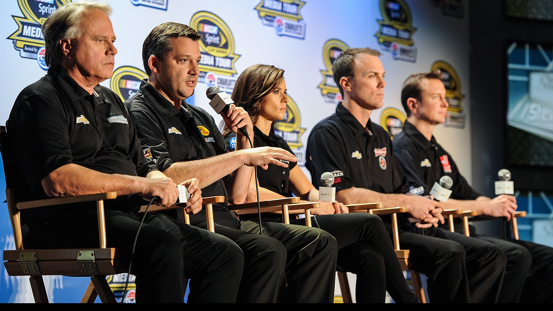 Tony-Stewart-Kevin Harvick-092815-GETTY-FTR.jpg