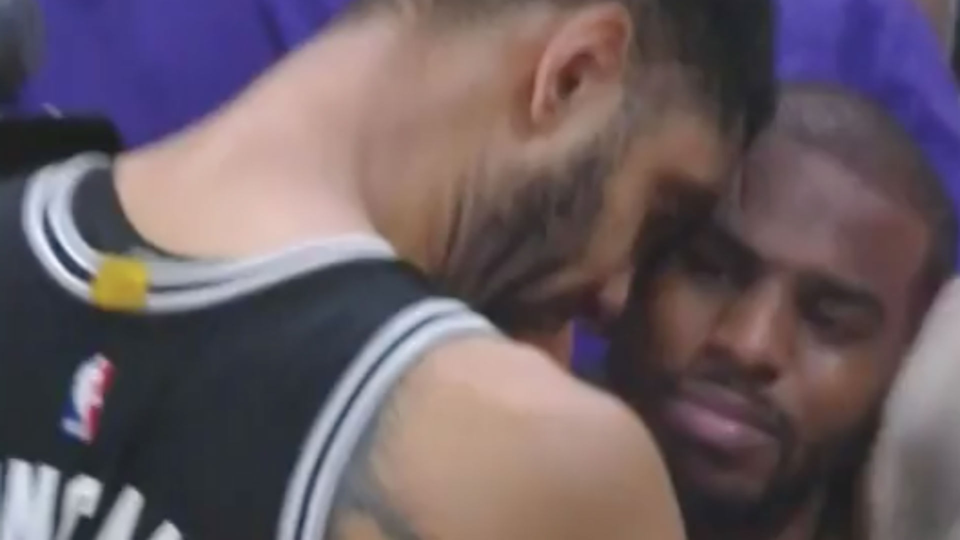 Tim Duncan, Chris Paul share teary moment after Game 7
