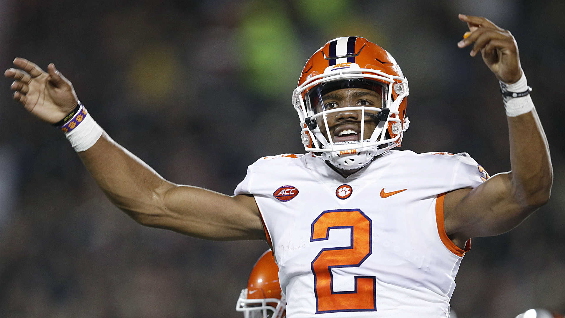 AP Top 25: Defending champion Clemson makes move to No. 2