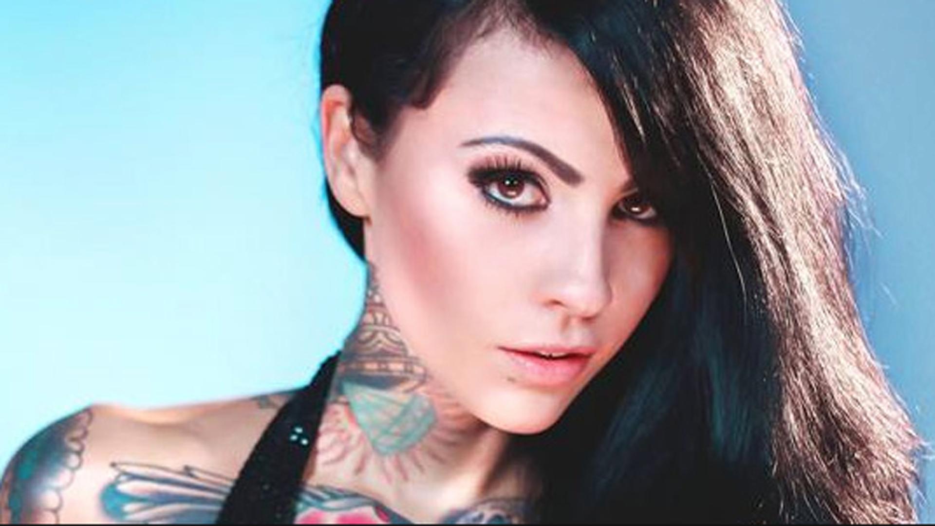 Video Zahra Schreiber nude photos 2019