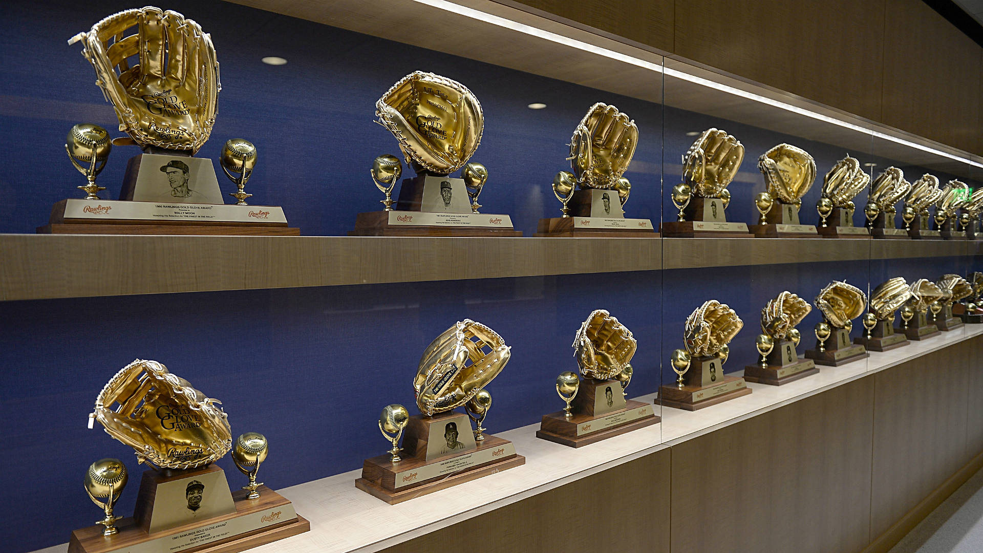 Gold-Gloves-FTR-Getty.jpg