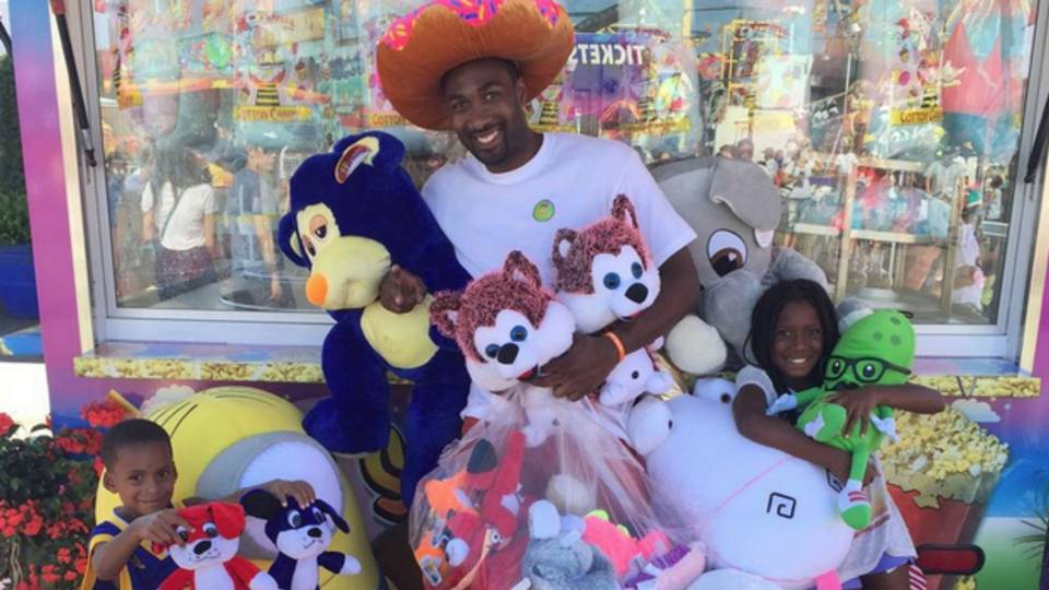 gilbert arenas gets banned from shooting hoops at orange