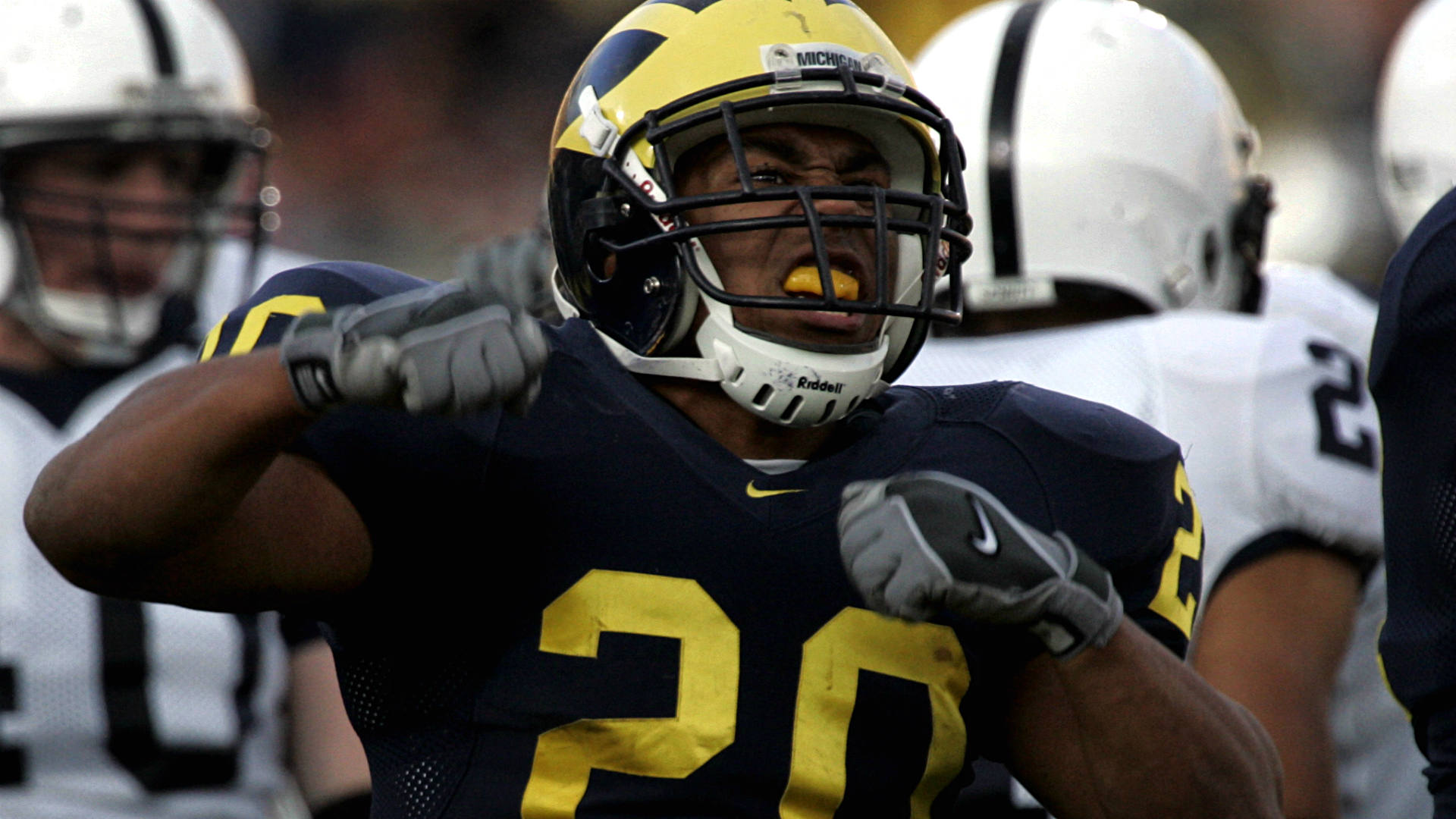Former UM RB Mike Hart leaving Eastern Michigan for ...