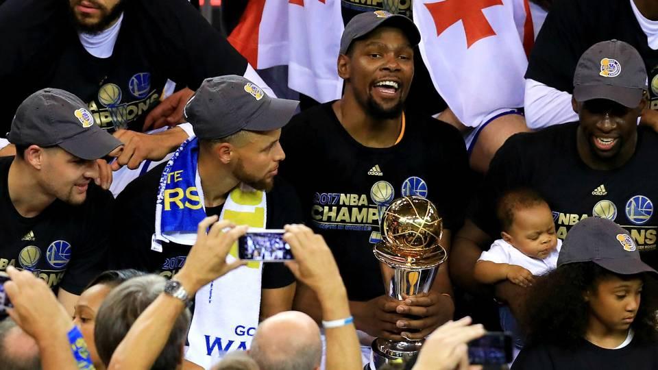 Curry-Durant-Warriors-FTR-022718.jpg