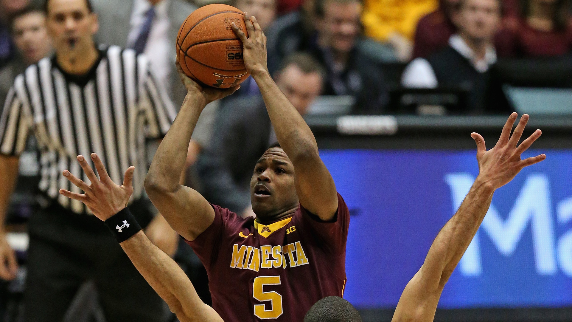 Ex-Minnesota guard wanted after failing to appear in court