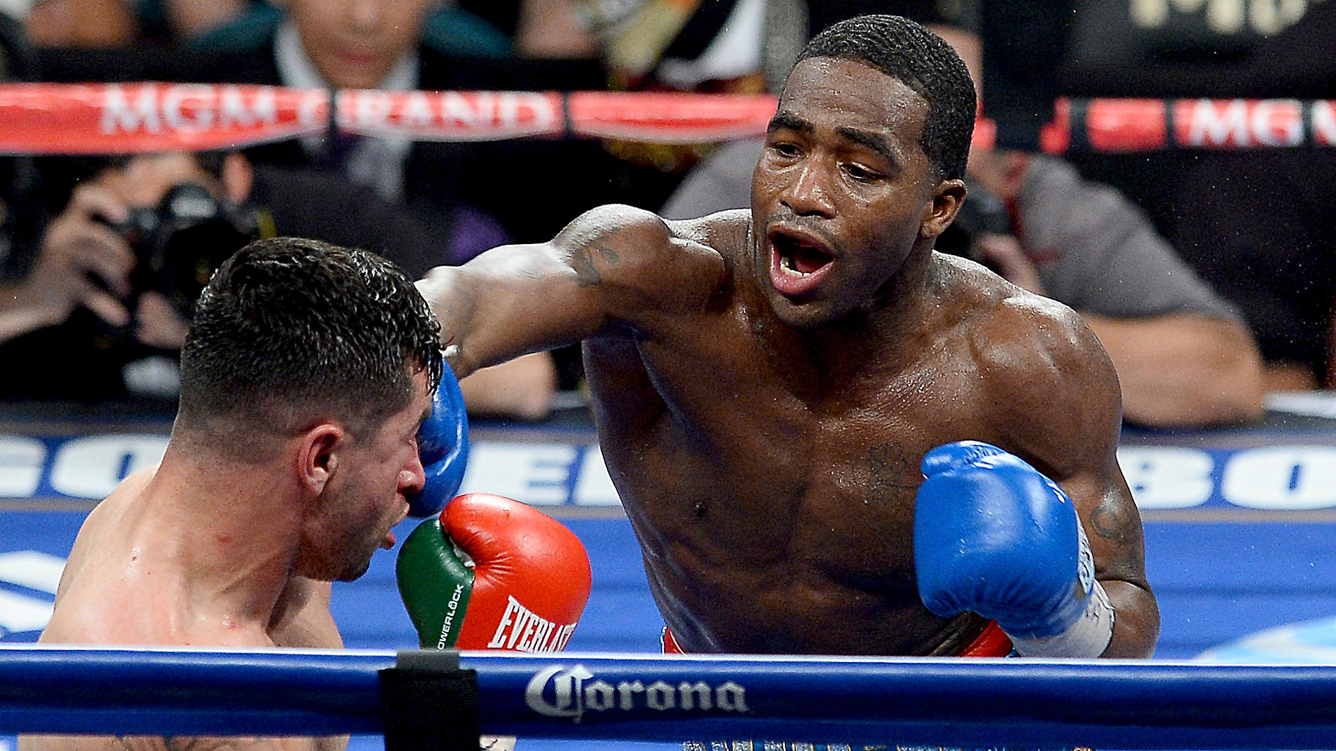 Adrien Broner, Keith Thurman huge favorites on NBC's Saturday night boxing card