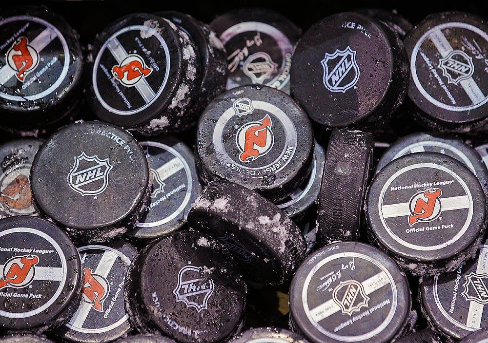 hockey-pucks-080813-AP-INSET.jpg