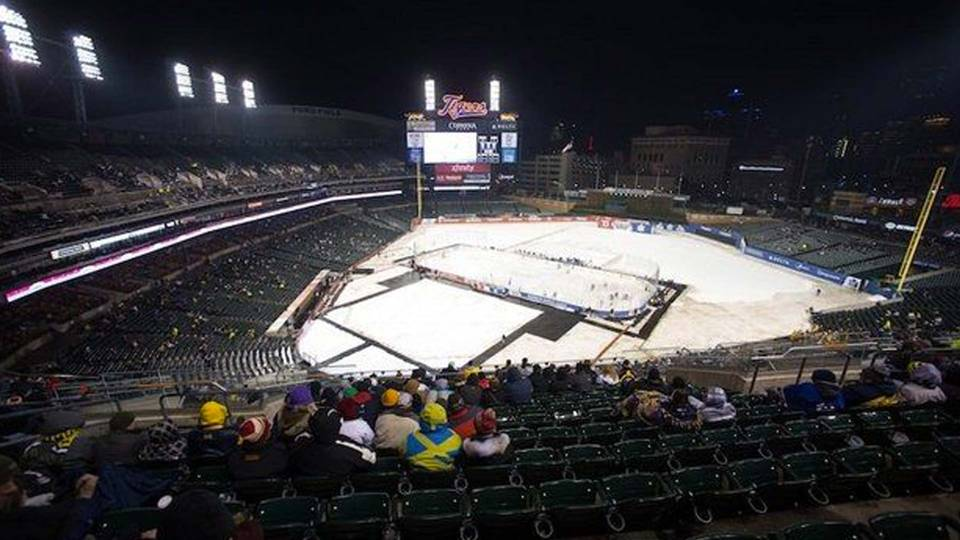 Comerica-hockey-122713-annarbornews-ftr